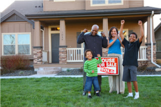 Family_with_new_home